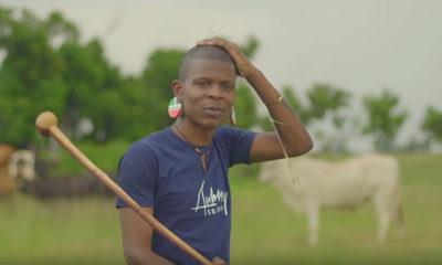 Watch Aubrey Qwana's Ngaqonywa (Remix), featuring DJ Tira