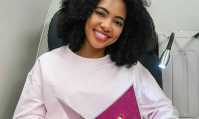 Amanda du- Pont shows off her freshly blow-dried hair
