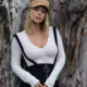 Sara Underwood wears a casual chic outfit in latest Instagram post